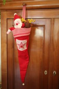 chapeau de lutin pour accueillir les cadeaux de Noël
